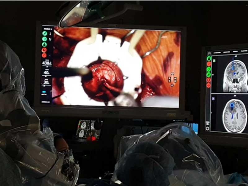 Người bệnh hưởng lợi nhờ ứng dụng bệnh viện thông minh - ảnh 1