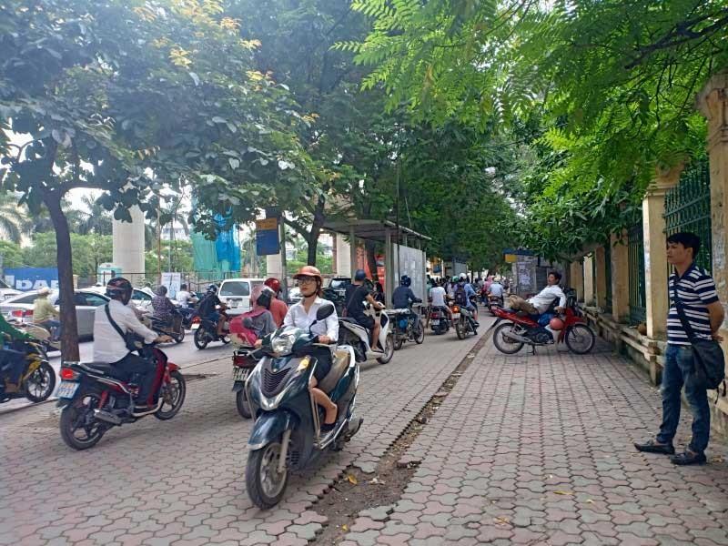 Phân vùng hạn chế xe máy ở Hà Nội - ảnh 1