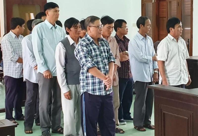 Đề nghị mức án đối với cựu chủ tịch huyện kêu oan - ảnh 1