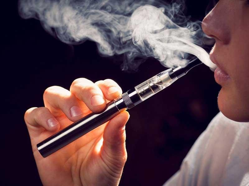 Báo động tác hại từ thuốc lá thế hệ mới - ảnh 1