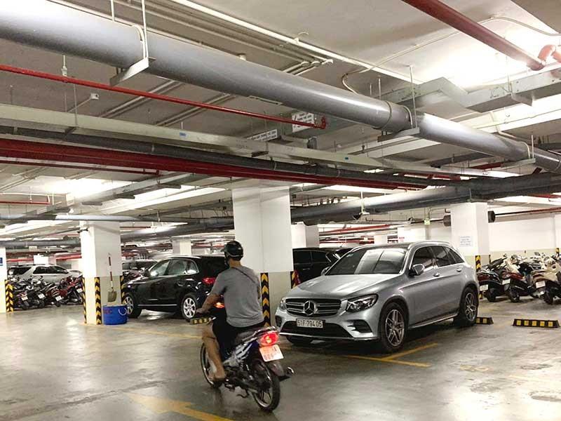 Băn khoăn đề xuất cấm để xe trong hầm chung cư - ảnh 1