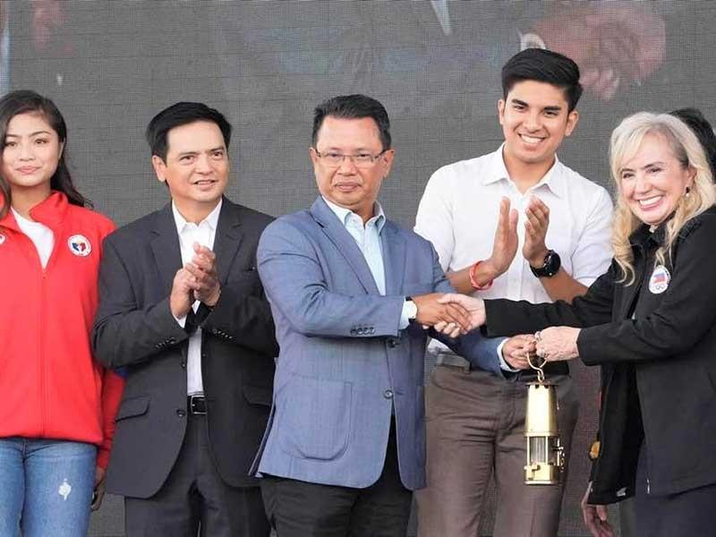 Chủ nhà Philippines nhận ngọn lửa SEA Games - ảnh 2