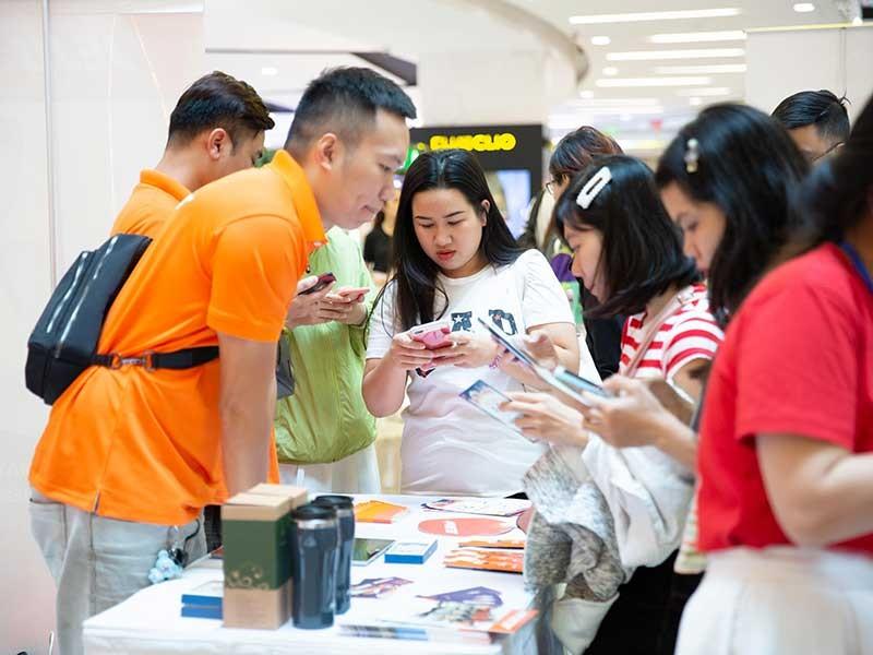 Sếp công ty 1 tỉ USD: Kéo khách quốc tế đến Việt Nam - ảnh 2