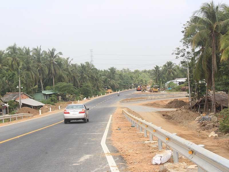Quốc lộ 60 sẵn sàng thông tuyến - ảnh 1