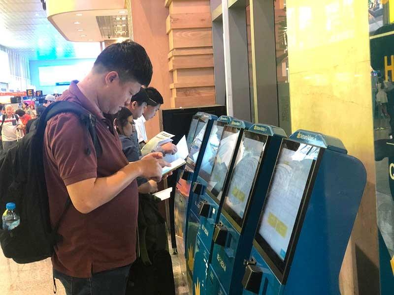 Tân Sơn Nhất chuẩn bị phục vụ 4 triệu khách bay tết - ảnh 1
