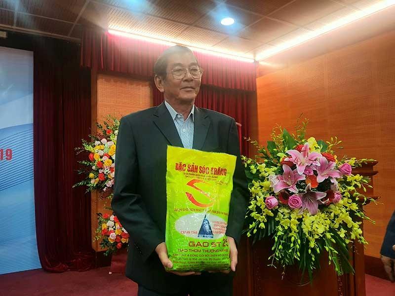 'Cha đẻ' gạo ST25: Chúng ta còn thua Thái Lan rất xa - ảnh 1
