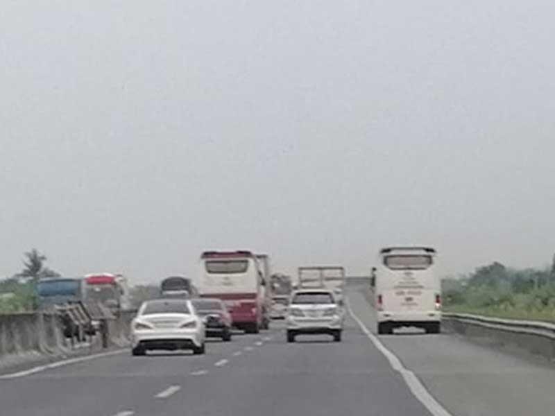 Cần thu phí trở lại cao tốc TP.HCM -Trung Lương - ảnh 1