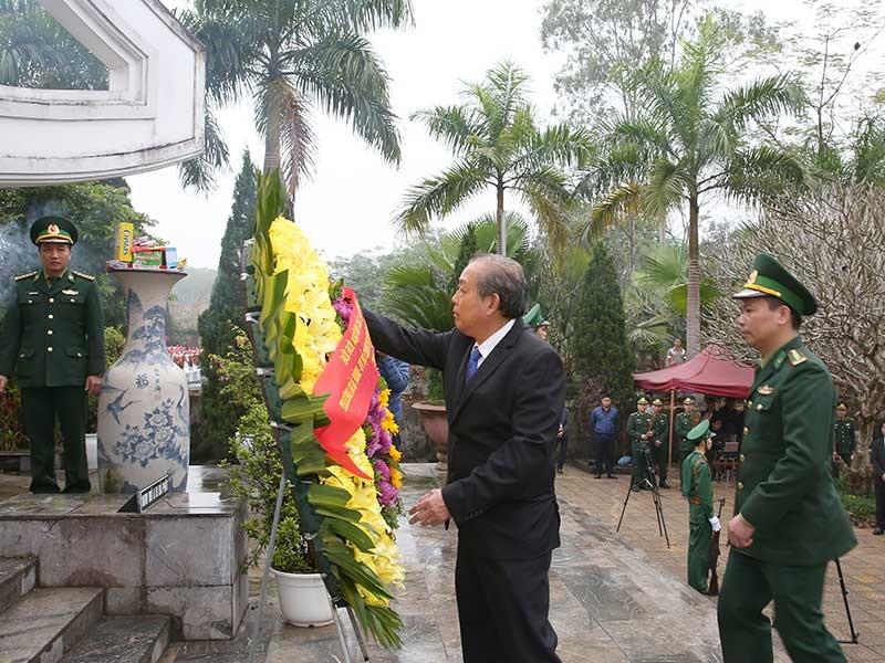Phó Thủ tướng thăm đồn biên phòng và bà con ở Hà Giang - ảnh 1