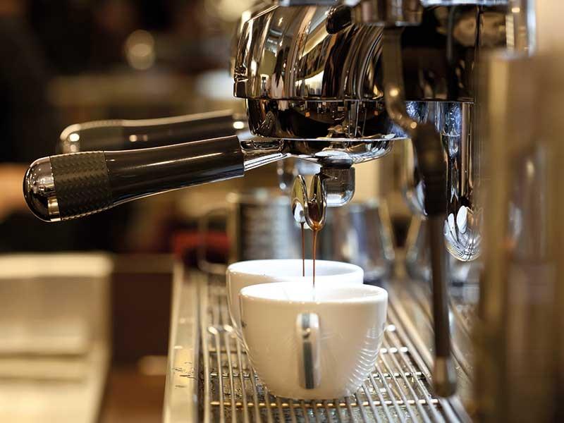 'Chơi' cà phê cũng lắm công phu - ảnh 1