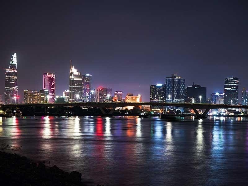 Sài Gòn về đêm có gì lạ? - ảnh 1