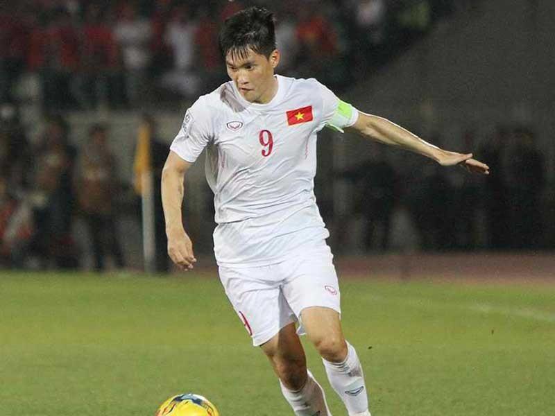 Treo giày rồi, Công Vinh vẫn thi đấu cùng Drogba, Park Ji Sung - ảnh 1