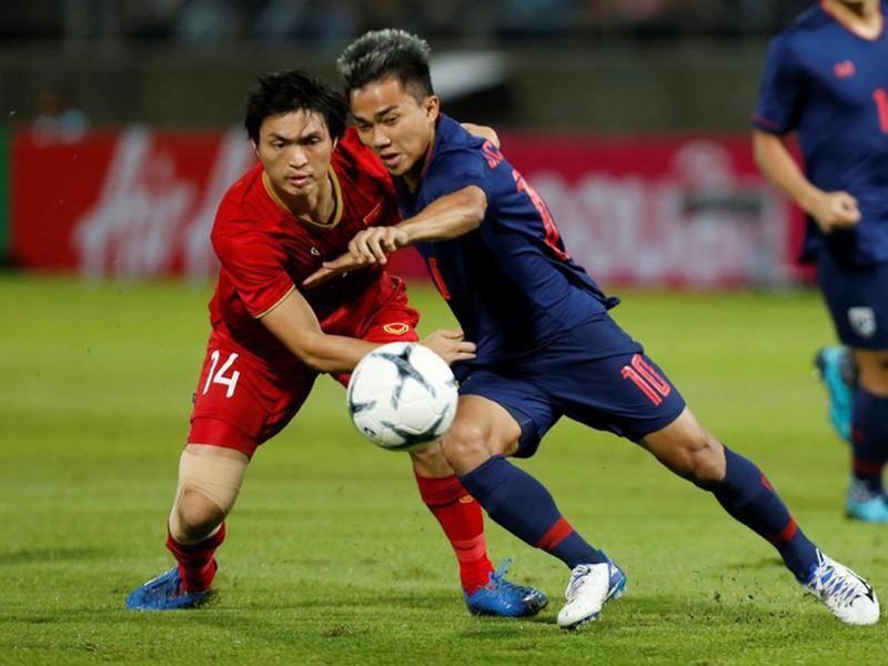 Cầu thủ Việt đi Thái, cầu thủ Thái đi Nhật - ảnh 1