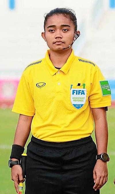 Malaysia đưa trọng tài nữ điều hành giải M-League - ảnh 3