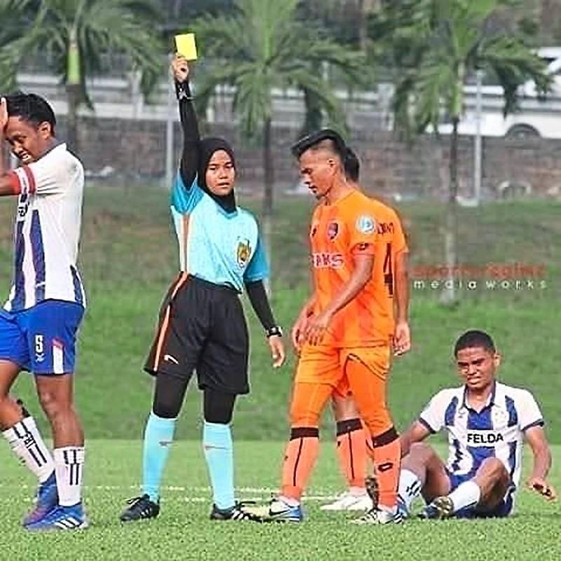 Malaysia đưa trọng tài nữ điều hành giải M-League - ảnh 2