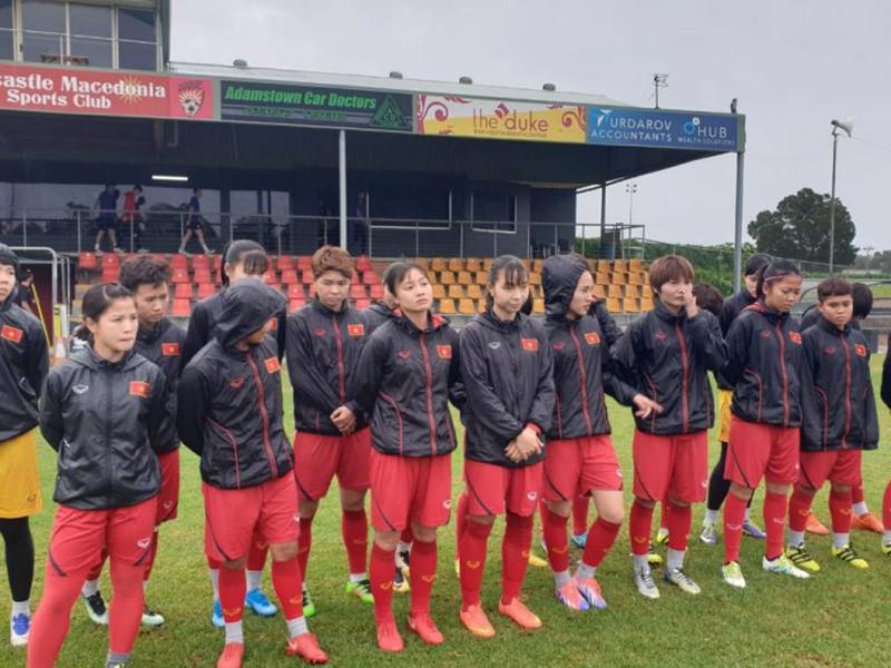 Đội tuyển nữ Việt Nam đến Úc và chuẩn bị trận play off lượt đi - ảnh 1