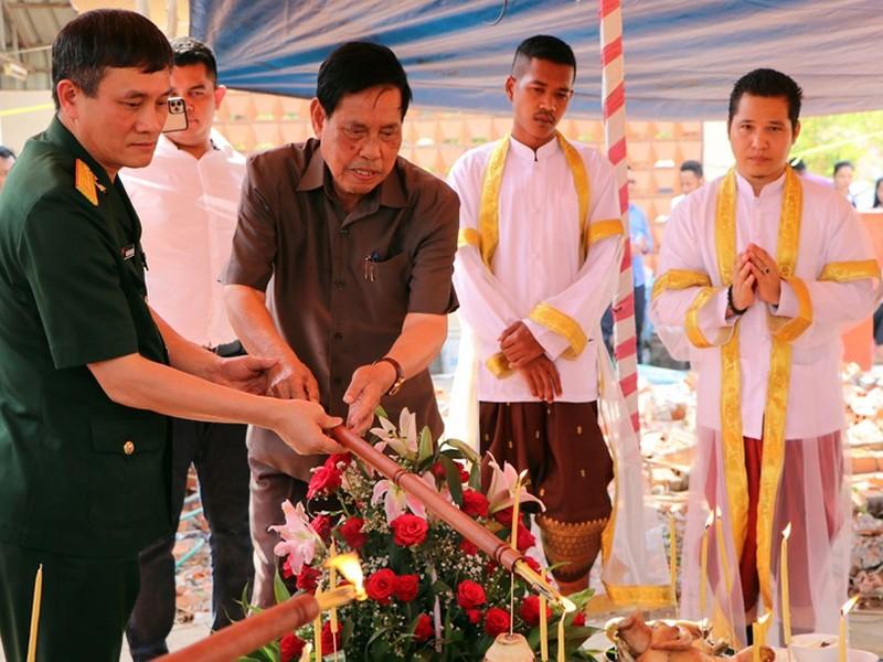 Khởi công xây dựng Đài hữu nghị Việt Nam - Campuchia  - ảnh 1