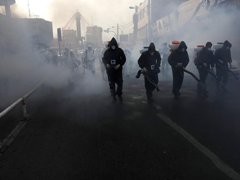 COVID-19: Lý do ca tử vong Iran tăng đột biến - ảnh 1