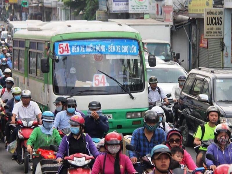 COVID-19: Đề xuất xe buýt chở tối đa 20 người - ảnh 1