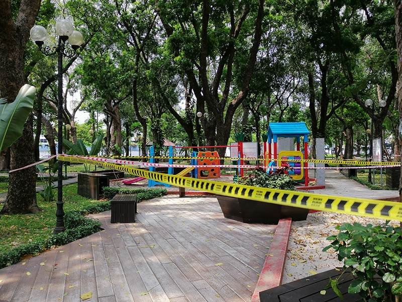Ngưng hoạt động tập thể ở công viên vì COVID-19 - ảnh 1