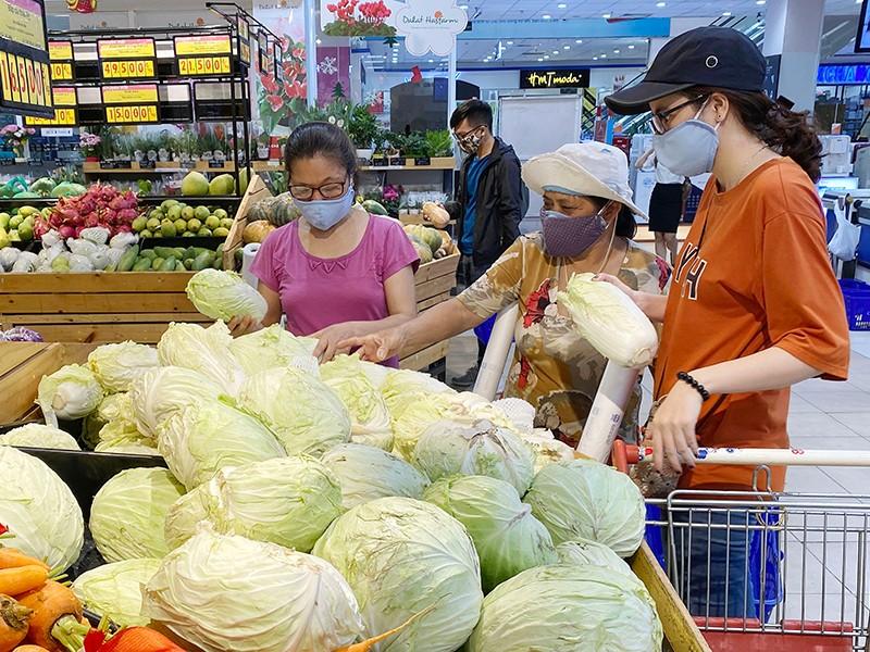 Lương thực, hàng hóa luôn đủ cho dân trong dịch COVID-19 - ảnh 1