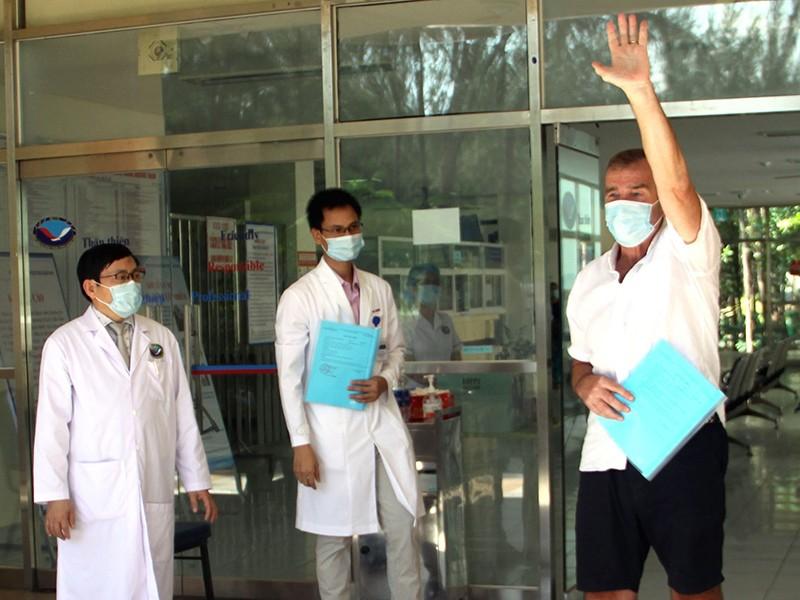 Chống COVID-19: Nỗ lực tuyệt vời của y tế Việt Nam - ảnh 1