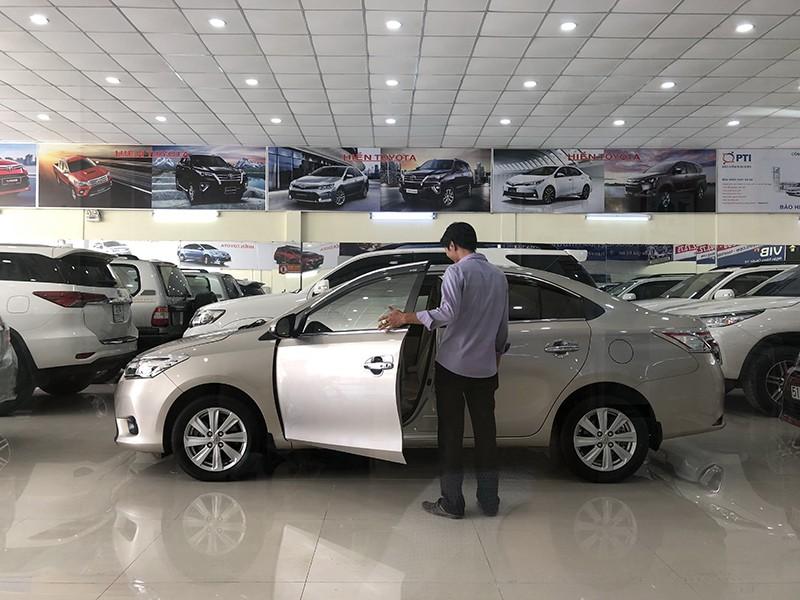 Hàng loạt nhà máy đóng cửa, giá ô tô giảm 350 triệu vẫn ế - ảnh 1