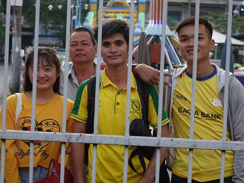 Bóng đá Việt Nam cần đoàn kết như FIFA - ảnh 1
