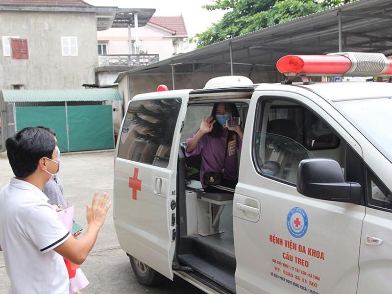 Khoảng 2/3 bệnh nhân COVID-19 tại Việt Nam đã bình phục - ảnh 1