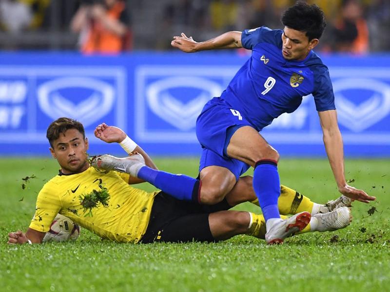 Thái Lan lo không đủ quân để đòi ngôi vua AFF Cup - ảnh 1