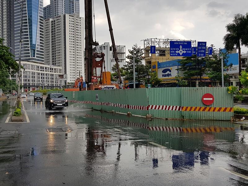 Sửa rốn ngập Nguyễn Hữu Cảnh chậm chạp vì công nghệ mới - ảnh 1