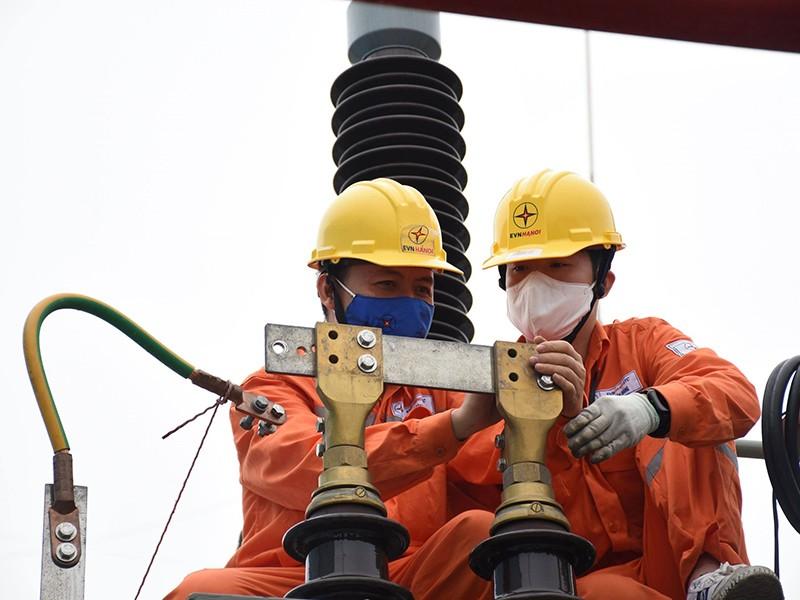 Chính thức áp dụng gói hỗ trợ tiền điện 11.000 tỉ đồng - ảnh 1