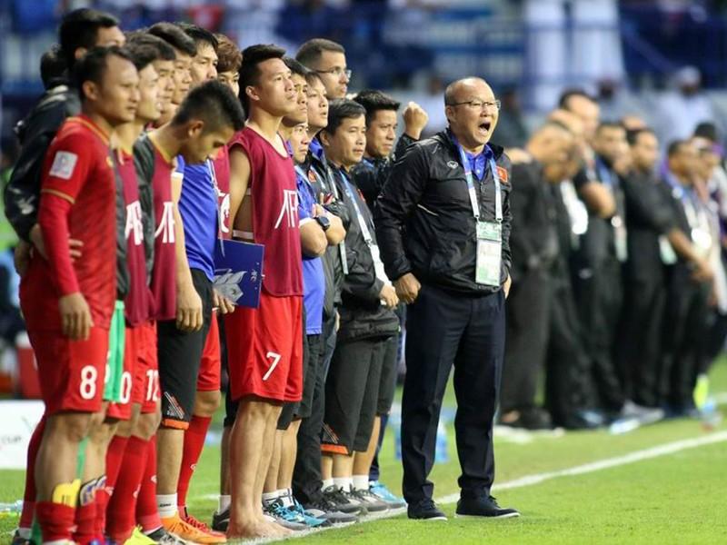 Bóng đá Thái Lan đỏng đảnh, ông Park vẫn đặt mục tiêu cao - ảnh 1