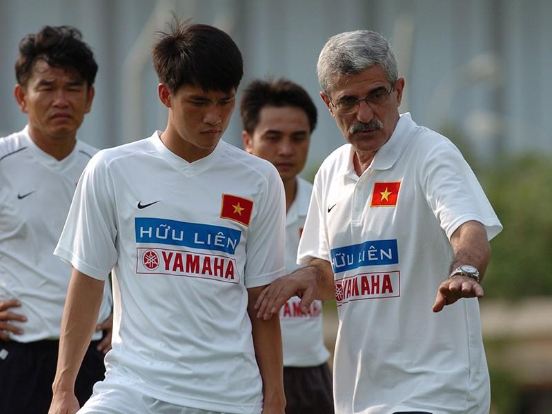 AFC giải thích về việc chọn Công Vinh là huyền thoại ASEAN - ảnh 2
