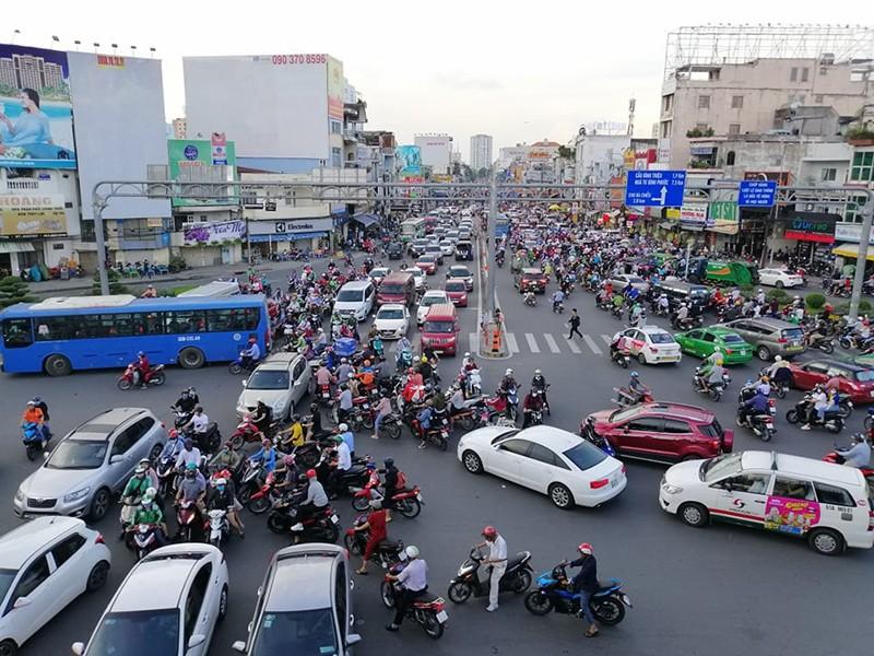 Nhiều ô tô không đạt tiêu chuẩn khí thải mới - ảnh 1