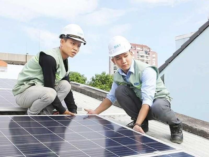 Lắp điện mặt trời, thu lời tiền điện - ảnh 1