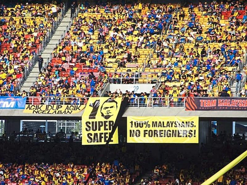 Chưa gặp lại Việt Nam, đội tuyển Malaysia đã bị 'ném đá' - ảnh 1