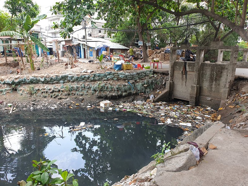 Mối lo kênh rạch tái ô nhiễm - ảnh 1