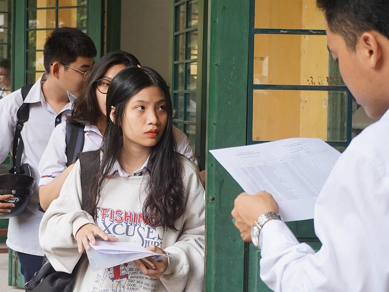 Cán bộ, giảng viên đại học không tham gia kỳ thi THPT 2020 - ảnh 1