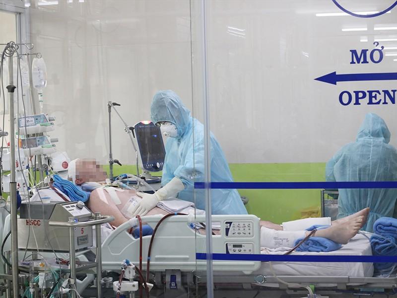 Xử nghiêm vụ bán hàng rong cho bệnh nhân COVID-19 - ảnh 1