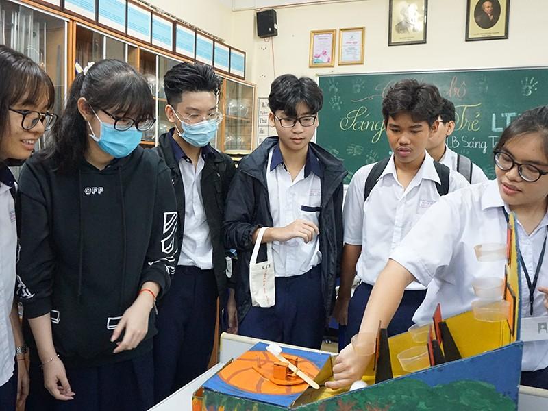 TP.HCM tuyển hơn 66.000 học sinh vào lớp 10 công lập - ảnh 1
