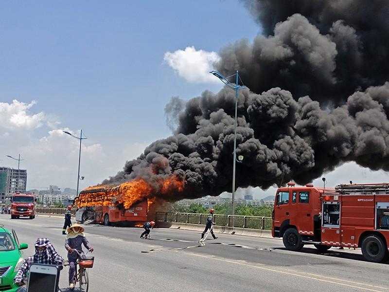 Chuyên gia nói về nguyên nhân cháy ô tô, xe khách - ảnh 1
