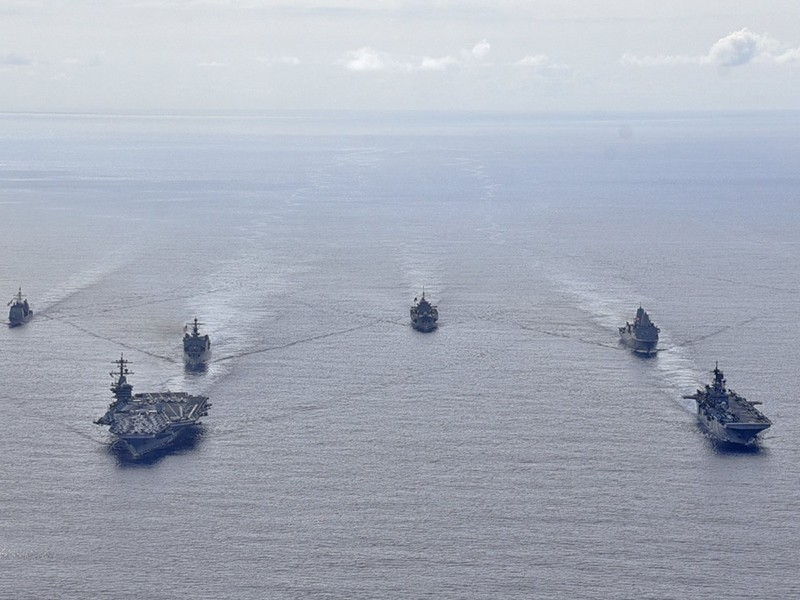 Mỹ siết thêm gọng kìm với Trung Quốc - ảnh 1