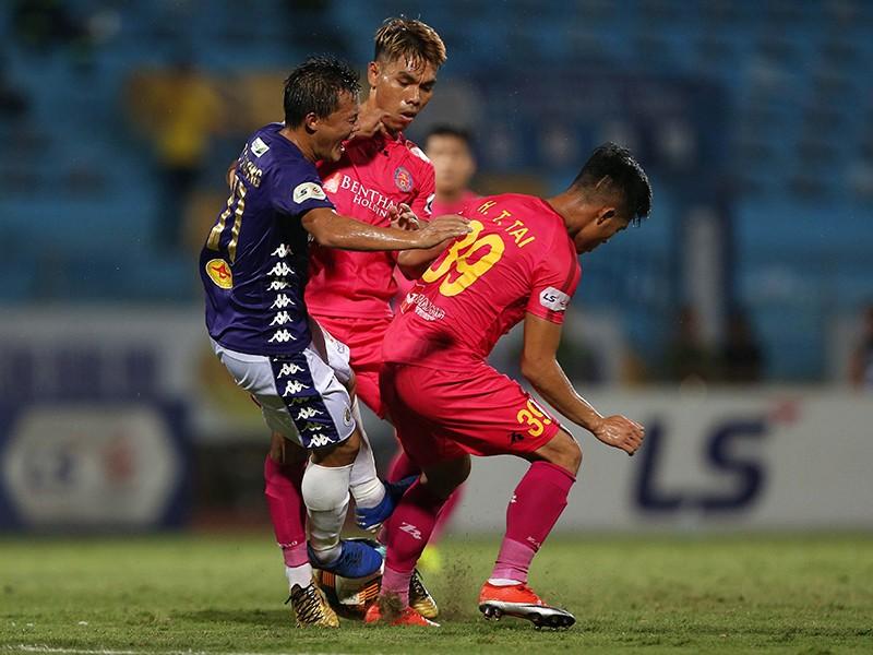Hà Nội thua vì 'nóng đầu' trước Sài Gòn FC - ảnh 1