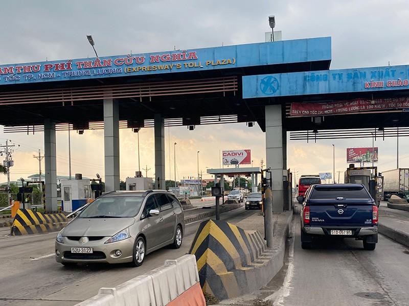 Hỏa tốc đề nghị thu phí trở lại cao tốc TP.HCM - Trung Lương - ảnh 1