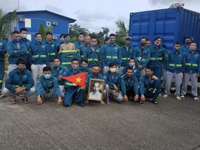 Do COVID-19, công nhân Việt mong muốn sớm về nước - ảnh 1