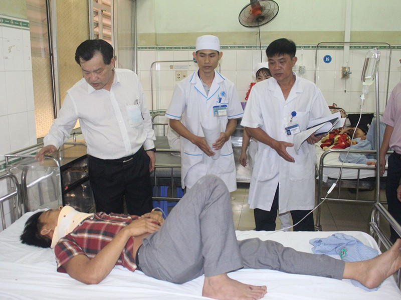 Tai nạn 8 người chết: Những điểm đen rình rập ở Bình Thuận - ảnh 1