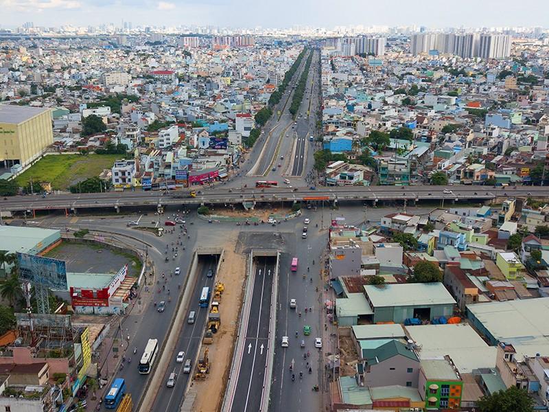 Phía tây bắc: Kết nối giao thông xuyên quốc gia - ảnh 1