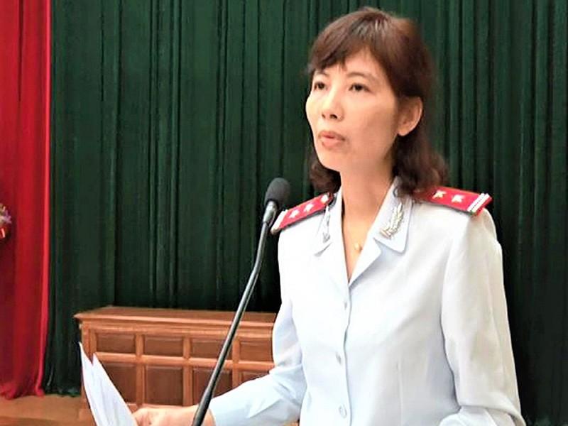 Phân tích việc đổi tội danh nữ trưởng đoàn thanh tra - ảnh 1