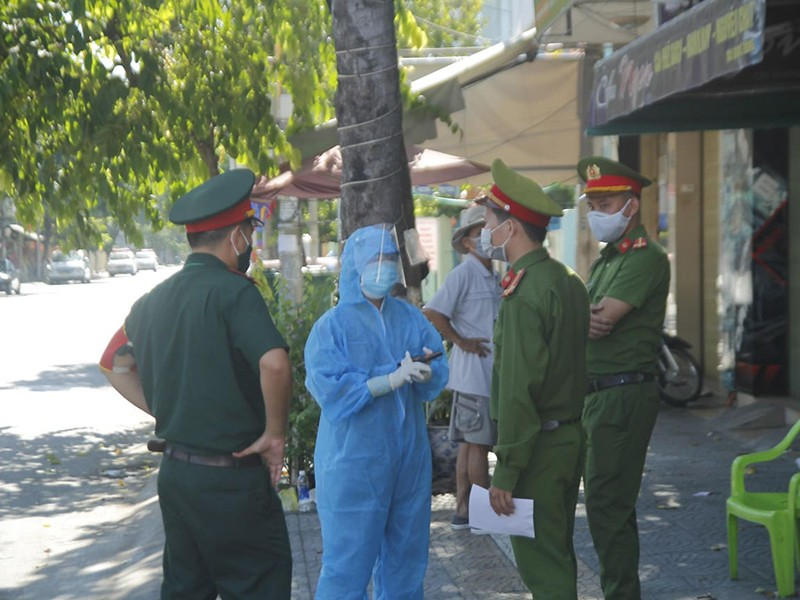 Phó thủ tướng: Y tế cả nước phải 'chia lửa' với Đà Nẵng - ảnh 1