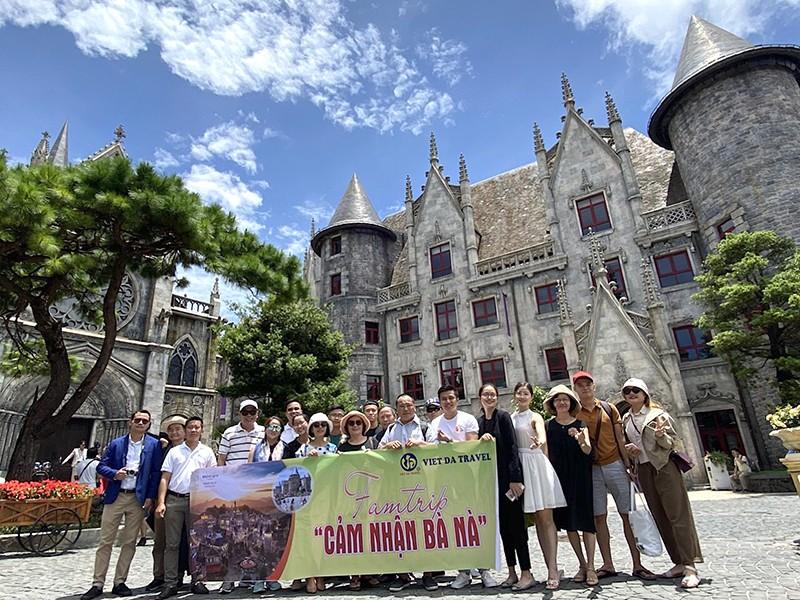 Tour Đà Nẵng ngừng khai thác, du lịch lao đao - ảnh 1